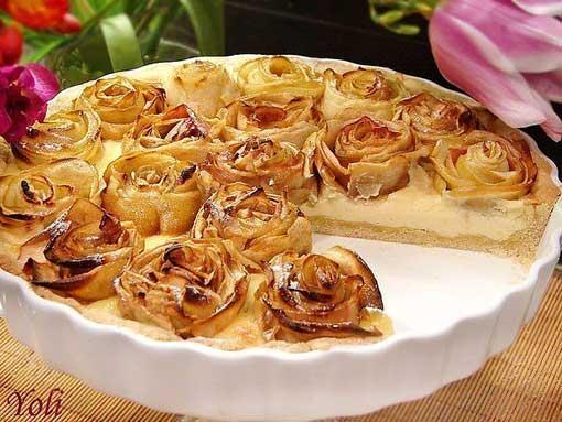Пирог-яблочный-с-розочками